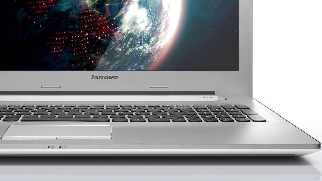 lenovo-laptop-z50-white-keyboard-closeup-28